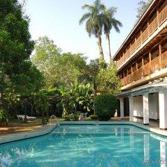 Hotel Hilltop бассейн