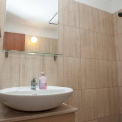 Alecos Hotel Apartments ванная фото 2
