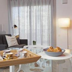 Апартаменты Bbarcelona Apartments Gaudi Flats Барселона в номере