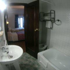 Отель Hostal Marqués de Zahara ванная