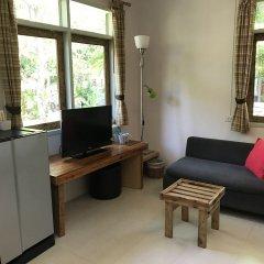 Отель Cafe@Luv22 Guest House Таиланд, Пхукет - отзывы, цены и фото номеров - забронировать отель Cafe@Luv22 Guest House онлайн комната для гостей фото 4