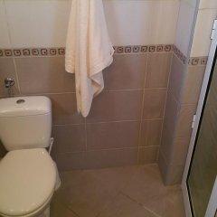 Отель Family House Manolov Аврен ванная
