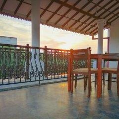 Отель Freedom Palace Шри-Ланка, Анурадхапура - отзывы, цены и фото номеров - забронировать отель Freedom Palace онлайн балкон