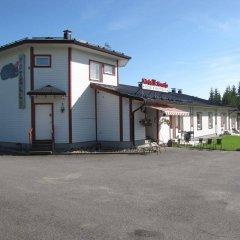 Отель Motelli Kontio Йоенсуу парковка