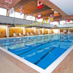 Отель Magnuson Grand Columbus North США, Колумбус - отзывы, цены и фото номеров - забронировать отель Magnuson Grand Columbus North онлайн бассейн
