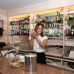 Отель Alfa Tao Италия, Риччоне - отзывы, цены и фото номеров - забронировать отель Alfa Tao онлайн гостиничный бар