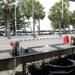 Отель The Beach Front Resort Pattaya фото 6