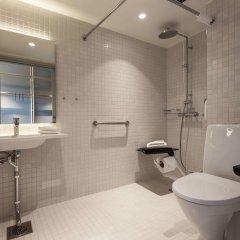 Отель Scandic Helsinki Aviacongress ванная фото 2