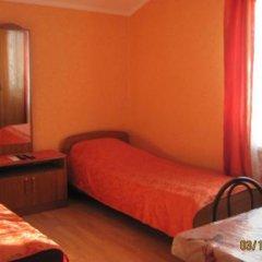 Гостиница Гостевой дом Лиана в Сочи 1 отзыв об отеле, цены и фото номеров - забронировать гостиницу Гостевой дом Лиана онлайн комната для гостей фото 5