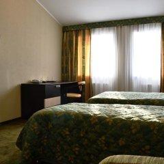 Гостиница Абсолют в Калуге 6 отзывов об отеле, цены и фото номеров - забронировать гостиницу Абсолют онлайн Калуга комната для гостей фото 5