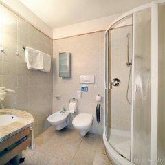 Отель Residence Flora Италия, Меран - отзывы, цены и фото номеров - забронировать отель Residence Flora онлайн ванная