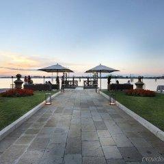 Отель San Clemente Palace Kempinski Venice пляж фото 2