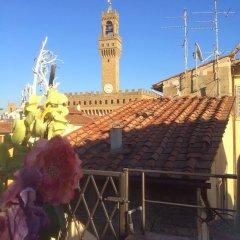 Отель Toflorence Apartments - Oltrarno Италия, Флоренция - отзывы, цены и фото номеров - забронировать отель Toflorence Apartments - Oltrarno онлайн балкон
