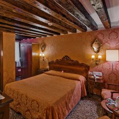 Отель Antica Locanda Sturion - Residenza d'Epoca Италия, Венеция - отзывы, цены и фото номеров - забронировать отель Antica Locanda Sturion - Residenza d'Epoca онлайн комната для гостей фото 2