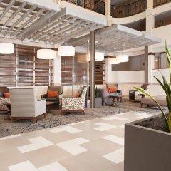 Отель Embassy Suites Bloomington Блумингтон интерьер отеля