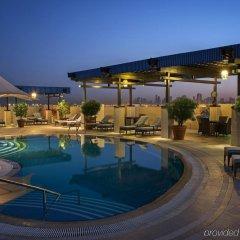 Grand Excelsior Hotel Deira бассейн
