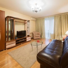 Апартаменты LikeHome Апартаменты Полянка комната для гостей фото 4