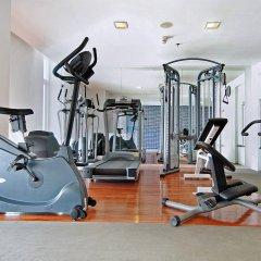Отель Le Fenix Sukhumvit фитнесс-зал