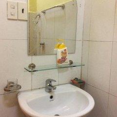 Отель Dalat Authentic Homestay Вьетнам, Далат - отзывы, цены и фото номеров - забронировать отель Dalat Authentic Homestay онлайн ванная