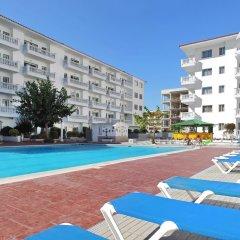 Отель Апарт-Отель Europa Испания, Бланес - 2 отзыва об отеле, цены и фото номеров - забронировать отель Апарт-Отель Europa онлайн бассейн фото 3