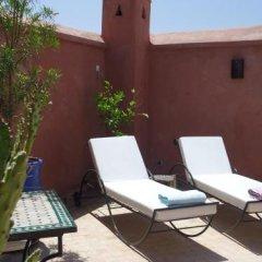 Отель Riad Tahar Oasis Марокко, Марракеш - отзывы, цены и фото номеров - забронировать отель Riad Tahar Oasis онлайн бассейн фото 3