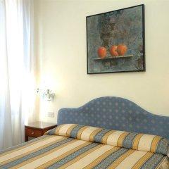 Отель Hesperia Италия, Венеция - 2 отзыва об отеле, цены и фото номеров - забронировать отель Hesperia онлайн комната для гостей фото 2