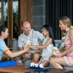 Отель Baywater Resort Samui гостиничный бар
