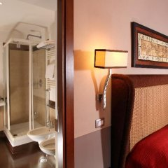 Hotel Condotti 3* Стандартный номер с двуспальной кроватью фото 18