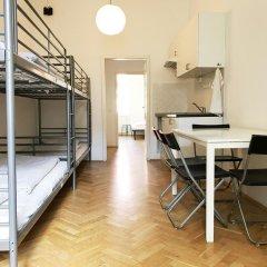Отель Jump In Hostel Чехия, Прага - 2 отзыва об отеле, цены и фото номеров - забронировать отель Jump In Hostel онлайн комната для гостей фото 2