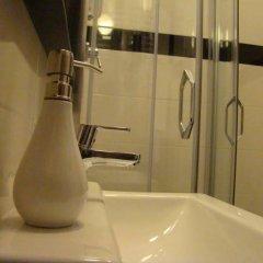 Отель St. Dorothys hostel - apartments Польша, Вроцлав - отзывы, цены и фото номеров - забронировать отель St. Dorothys hostel - apartments онлайн ванная фото 2