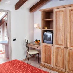 Отель Divina Costiera Аджерола удобства в номере