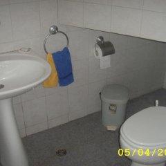 Отель Guest House Slona Болгария, Генерал-Кантраджиево - отзывы, цены и фото номеров - забронировать отель Guest House Slona онлайн ванная