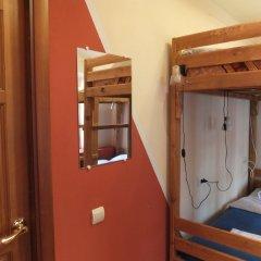 Гостиница Breaking Bed комната для гостей фото 3