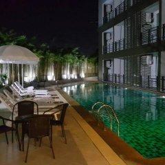 Отель Retreat By The Tree Pattaya бассейн