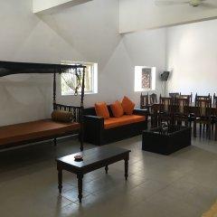 Отель Bawana Beach House развлечения