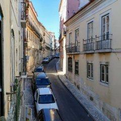Апартаменты Bairro Alto Bronze of Art Apartments Лиссабон балкон