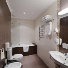 Гостиница Reikartz Dnipro ванная фото 2
