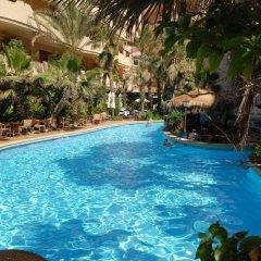 Отель Fortina Spa Resort Слима бассейн