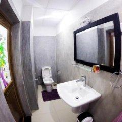 Отель Lark Nest Hotel Шри-Ланка, Амбевелла - отзывы, цены и фото номеров - забронировать отель Lark Nest Hotel онлайн ванная
