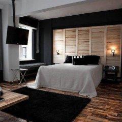 Отель 212 Istanbul Suites сейф в номере