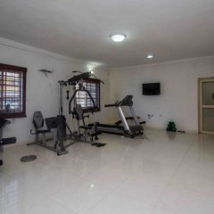 Отель Admiralty Residency фитнесс-зал