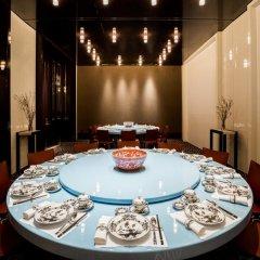 Отель The Ritz-Carlton, Millenia Singapore развлечения фото 2