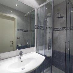 Отель Arizona Hotel Италия, Флоренция - 3 отзыва об отеле, цены и фото номеров - забронировать отель Arizona Hotel онлайн ванная фото 2