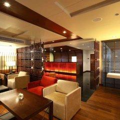 Отель Oakwood Residence Sukhumvit Thonglor Бангкок гостиничный бар