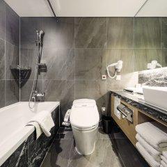 Отель Tmark Grand hotel Myeongdong Южная Корея, Сеул - отзывы, цены и фото номеров - забронировать отель Tmark Grand hotel Myeongdong онлайн ванная
