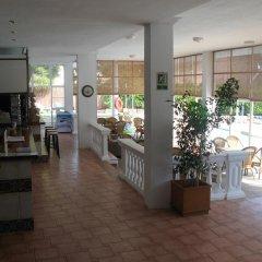 Отель Apartamentos Marthas Suite интерьер отеля