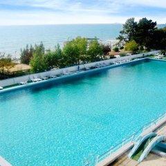 Гостиница Edem Health Resort бассейн