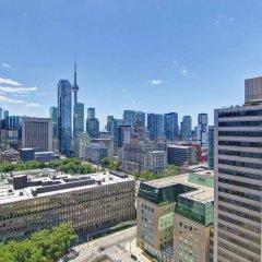 Отель DoubleTree by Hilton Hotel Toronto Downtown Канада, Торонто - отзывы, цены и фото номеров - забронировать отель DoubleTree by Hilton Hotel Toronto Downtown онлайн балкон