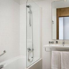 Отель Exe Barcelona Gate ванная фото 2