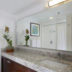 Ilikai Hotel & Luxury Suites ванная фото 2